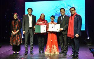 第五届中国诗歌春晚加拿大会场隆重举行
